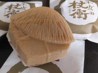 130702四日市の和菓子屋めぐり37、菊屋本店(采女の杖衝).JPG