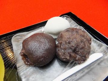 130716長五郎餅②、長五郎餅とあんころ.JPG