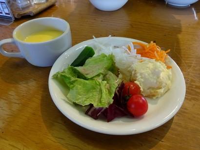 150324あさくま鹿谷ガーデン店⑧、サラダとコーンスープ (コピー).JPG