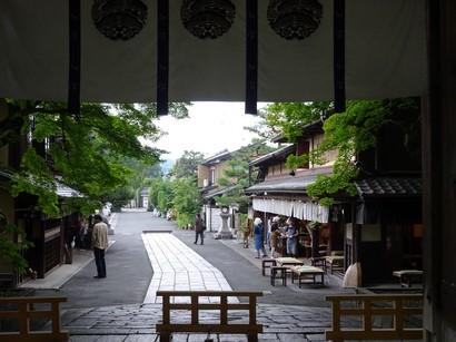 150627意味宮神社⑦、東門 (コピー).JPG