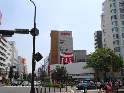 150808矢場とん矢場町本店①、本店ビル (コピー).JPG