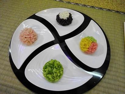 151201北野天満宮献茶祭11、亀屋清永「京の四季」 (コピー).JPG