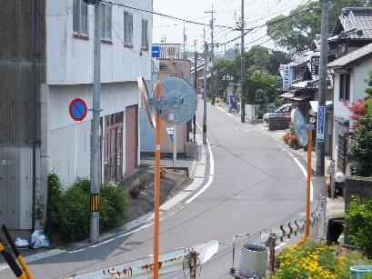 130728日永追分から東海道を歩く18、鹿化橋から大宮神明社方面を撮る.JPG