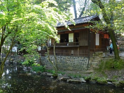 150510揚輝荘③、茶室「三賞亭」 (コピー).JPG