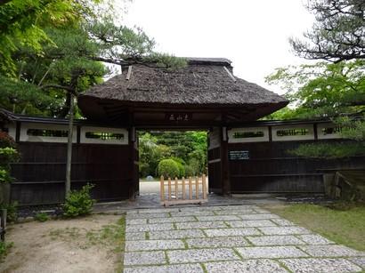 150512東山荘①、正門 (コピー).JPG
